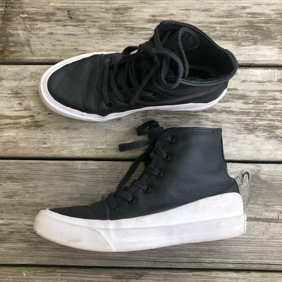 Converse Shoes | Quantum High Top With